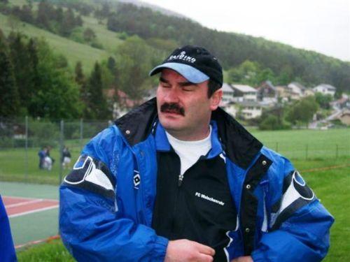 Derendigen Mai 02, Coach Wale