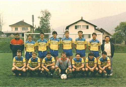 2. Mannschaft Aufsteiger 3.Liga 1987 Photo 1987 06