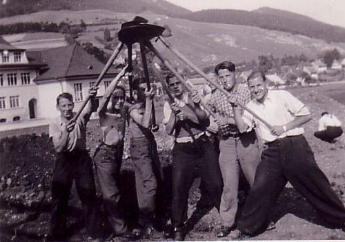 Arbeiten Anfang 30er Jahre Photo 30 06